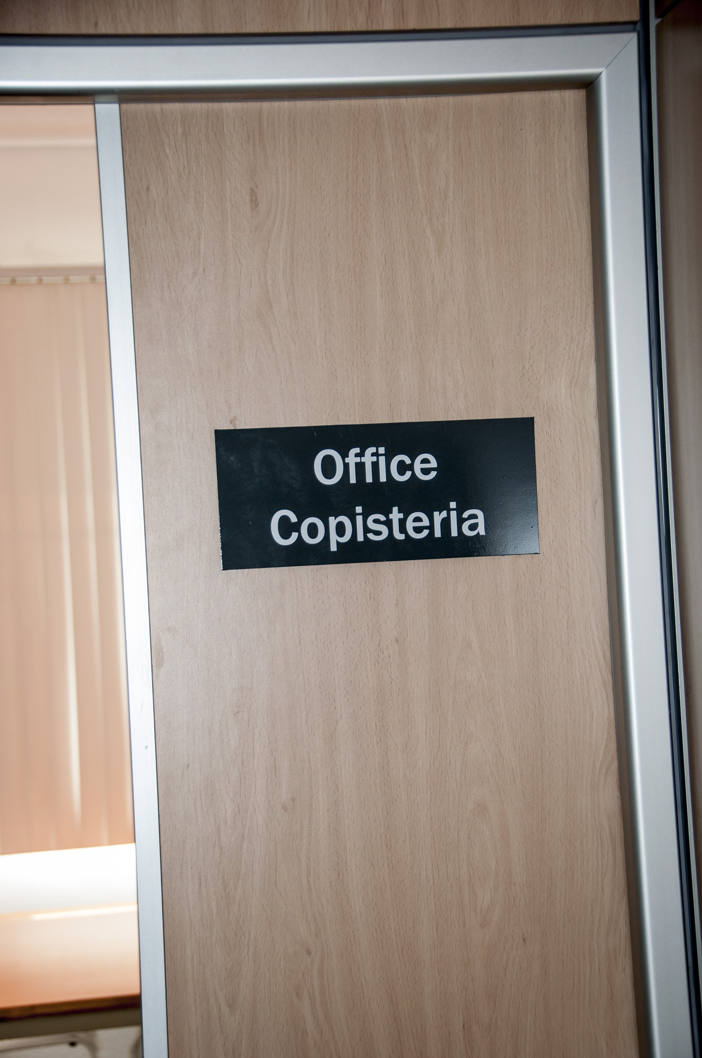 ENTRADA OFFICE I COPISTERIA