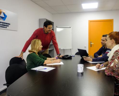 Procornellà i MicroBank col·laboren per reactivar l'autoocupació i l'activitat emprenedora
